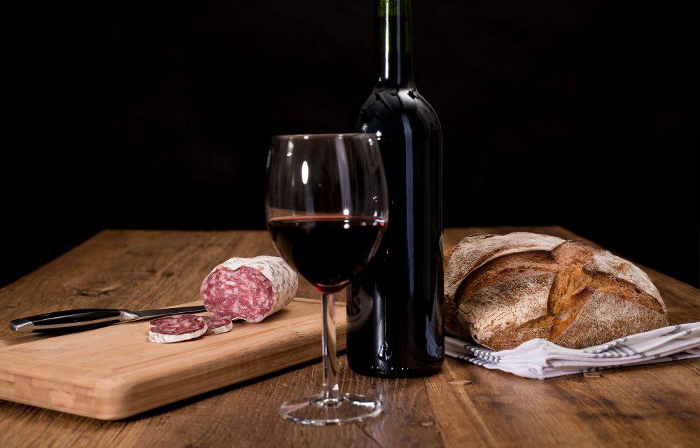 vins-plateau-saucissons